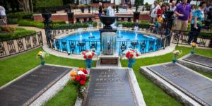 Grave Elvis Presley, Graceland