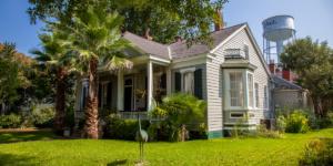 Colonial Home Natchez